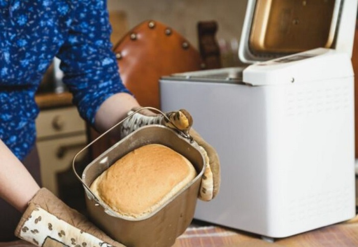 How to Clean Bread Makers
