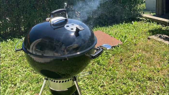 How to Use a Weber Charcoal Grill